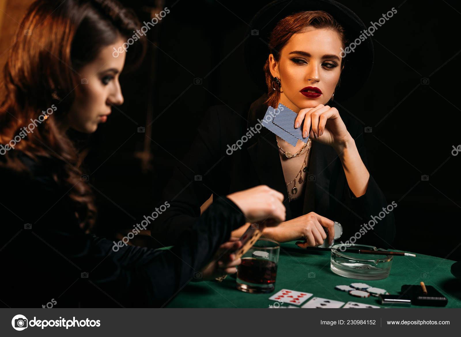 Король на даме карточная игра