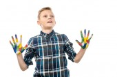 Fotografie überrascht junge mit Händen in bunten Farben, isoliert auf weiss lackiert