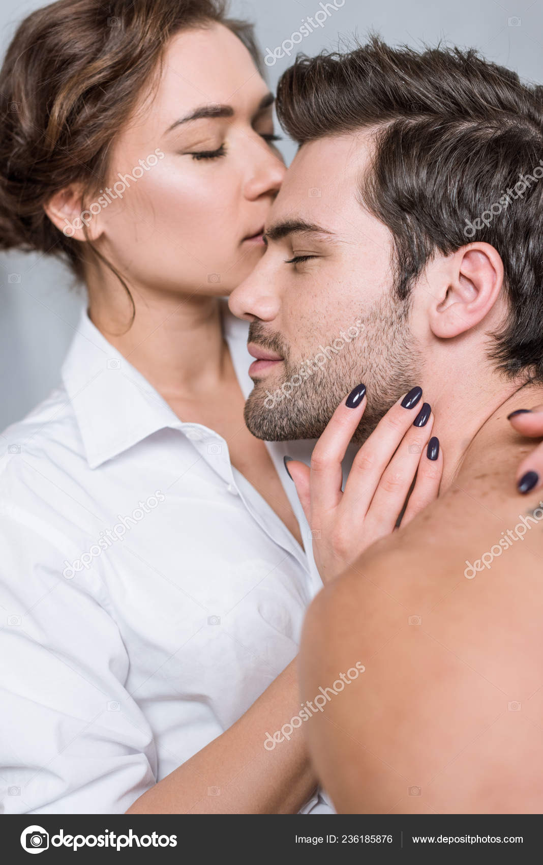 Kissing girlfriend lips boyfriend What age