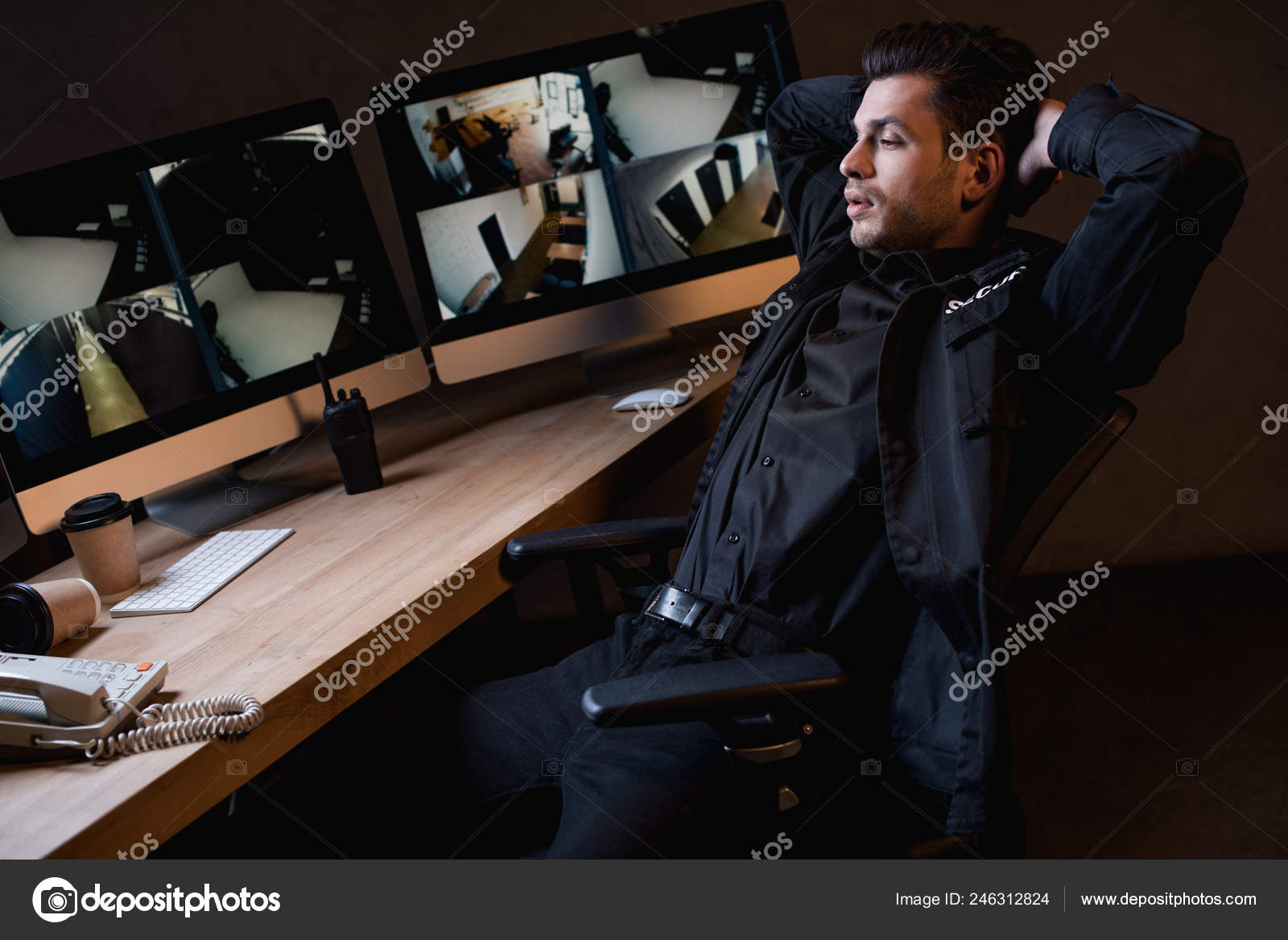 613c939a Guard Uniform Crossed Arms Looking Computer Monitor — Stock Photo ...