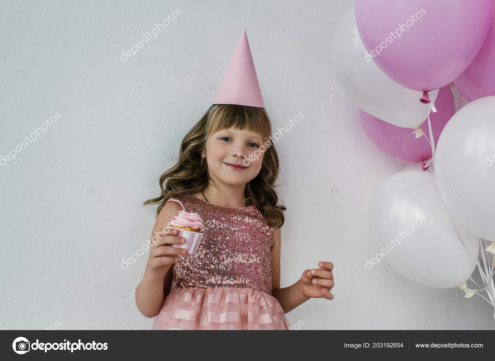 Happy Birthday Child Cone Dirty Nose Holding Cupcake Pink Balloons Stockfoto