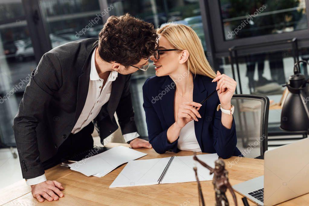 Dating advocaten dating in Centraal Schotland