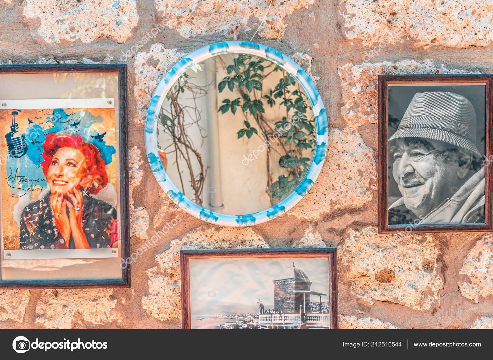 Frames Photos Famous Turkish People Places White Wall Vintage Lamp ...