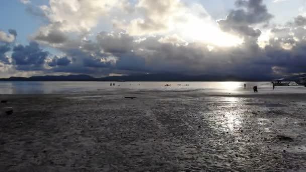 Sandy beach. El Nido islands