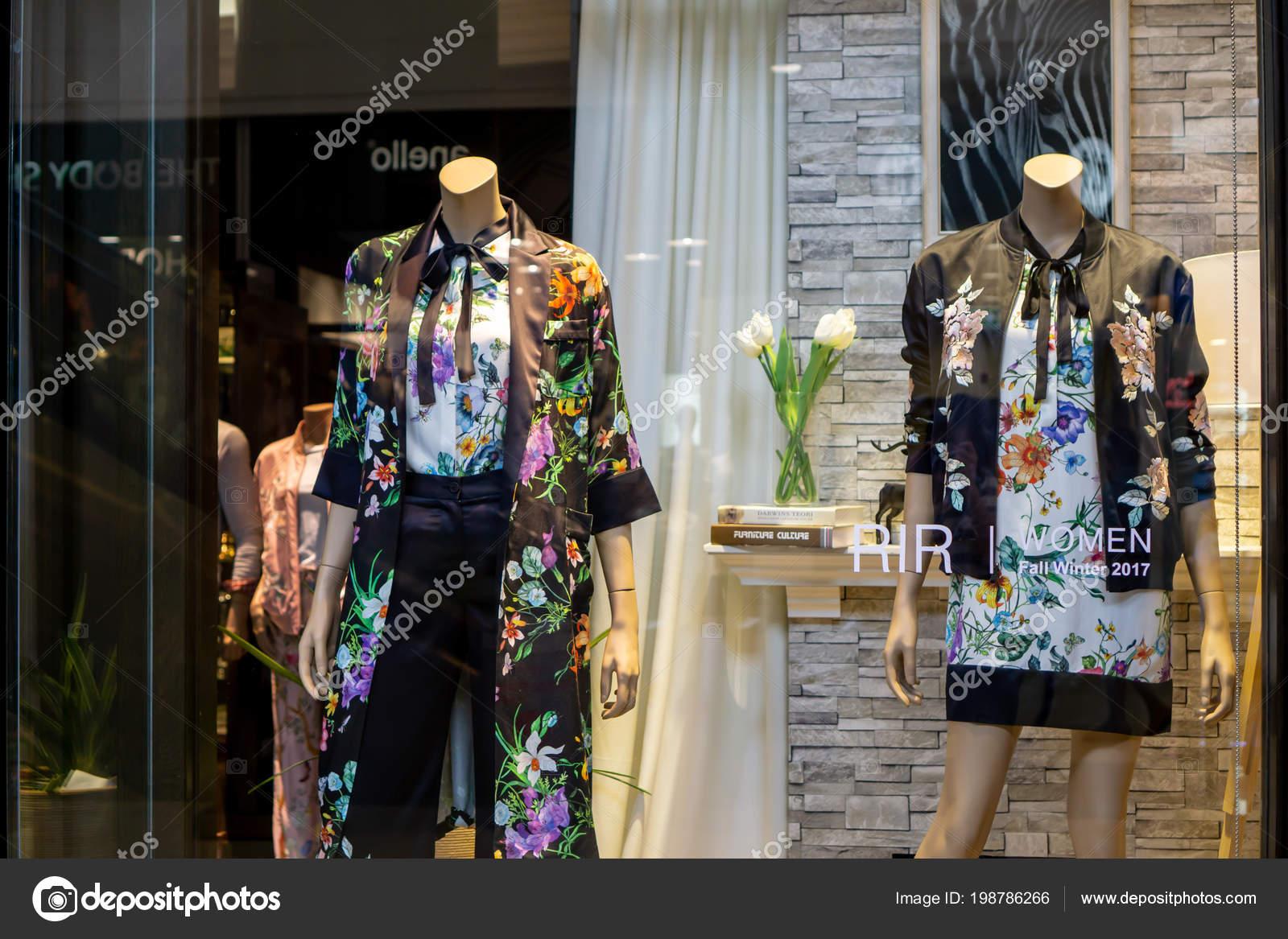 3452642101e1 Královská Regata Ivy Mega Bangna Bangkok Thajsko Srpen 2017 Luxusní ...