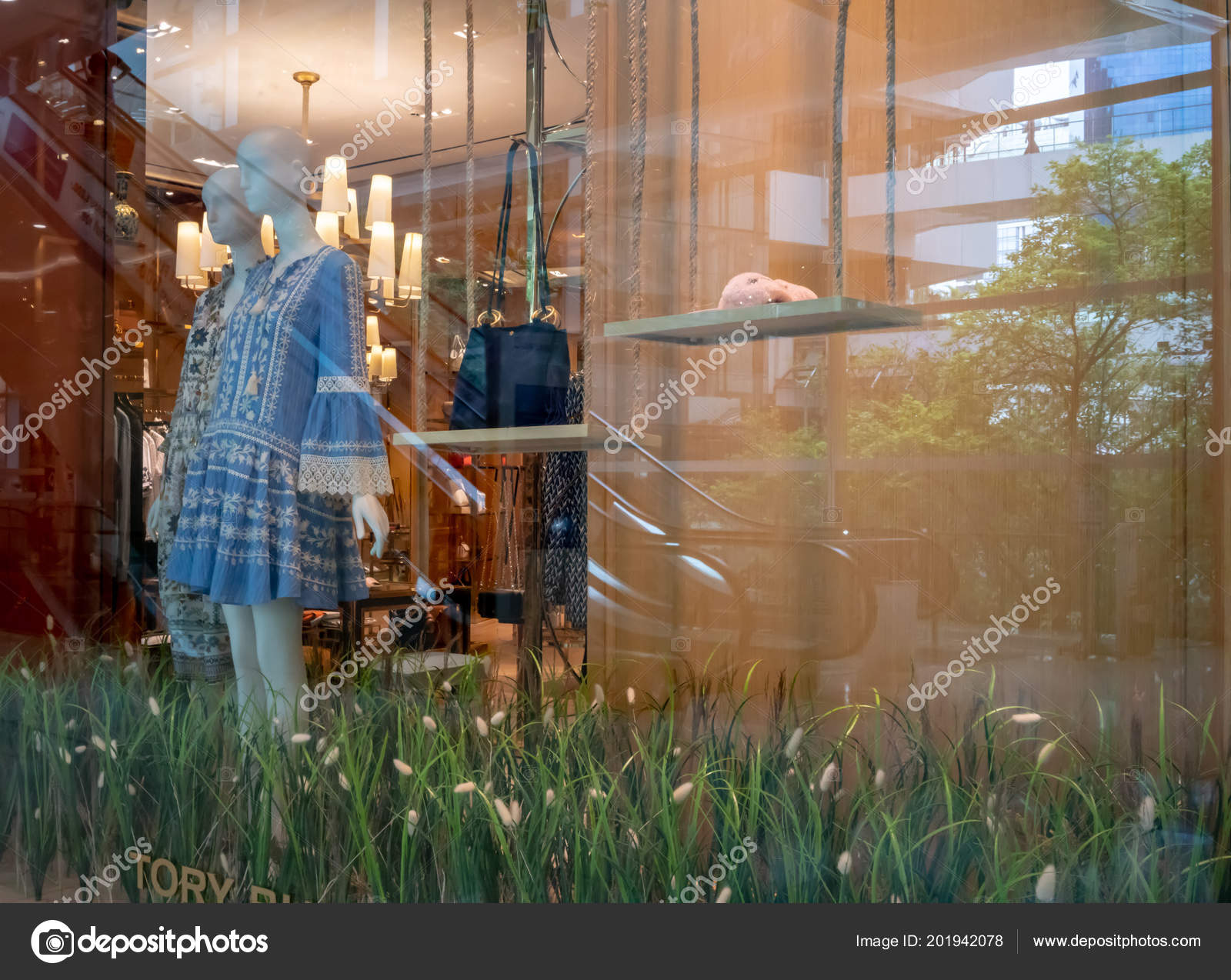 1c2318b3d680 Tory Burch Shop Emquatier Bangkok Thailand June 2018 Luxury Fashionable —  Stock Photo