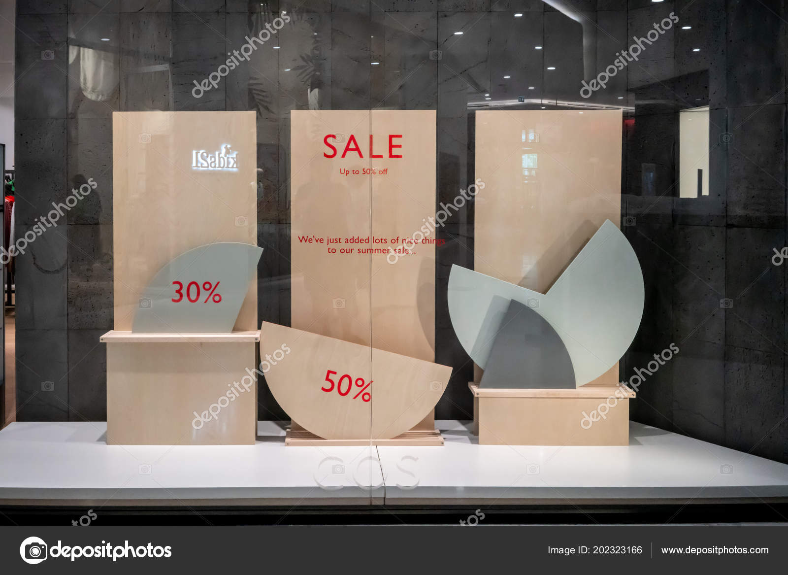 Cos Online Shop Sale