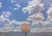 No trespassing sign no dumping