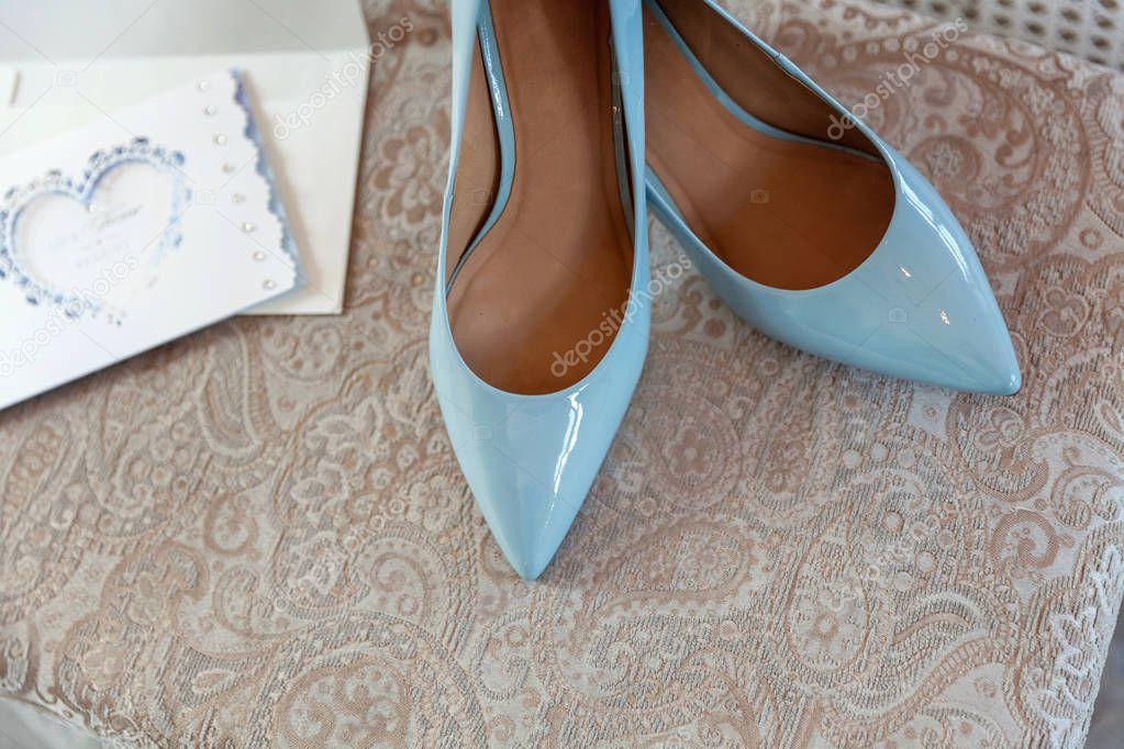 11cd87107bbf3a Elegant Und Stilvoll Blau Brautschuhe Closeup — Stockfoto © Luljo  218247934