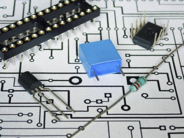 Electronics components and PCB