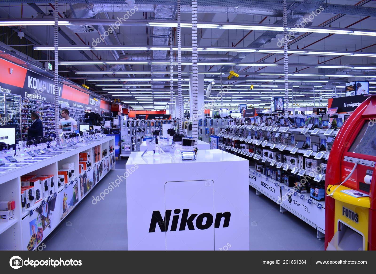 ac4b690e371a9 Štětín Polsko Června 2018 Saturn Obchod Obchodním Centru Galeria Kaskada —  Stock fotografie