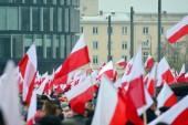 Varšava, Poland.11 listopad 2018. Den nezávislosti Polska připomíná země v Pisudski náměstí a se účastní nejvyšších představitelů státu a tisíce lidí.