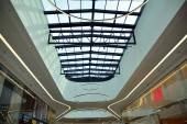 Varsó, Lengyelország. 2019 június 18. Belseje modern bevásárló központ Galeria Mlociny.