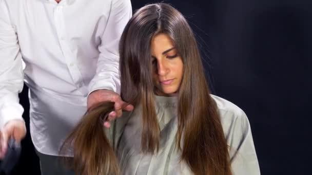 Coiffure sur cheveux long noir