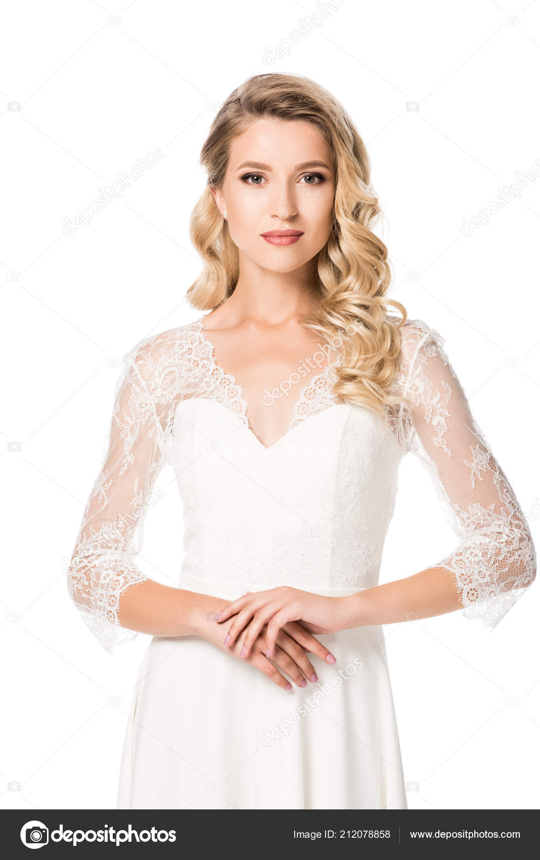 9481ba4d7e Close Πορτρέτο Του Νεαρή Νύφη Στο Γάμο Φόρεμα Βλέπουν Φωτογραφική– εικόνα  αρχείου