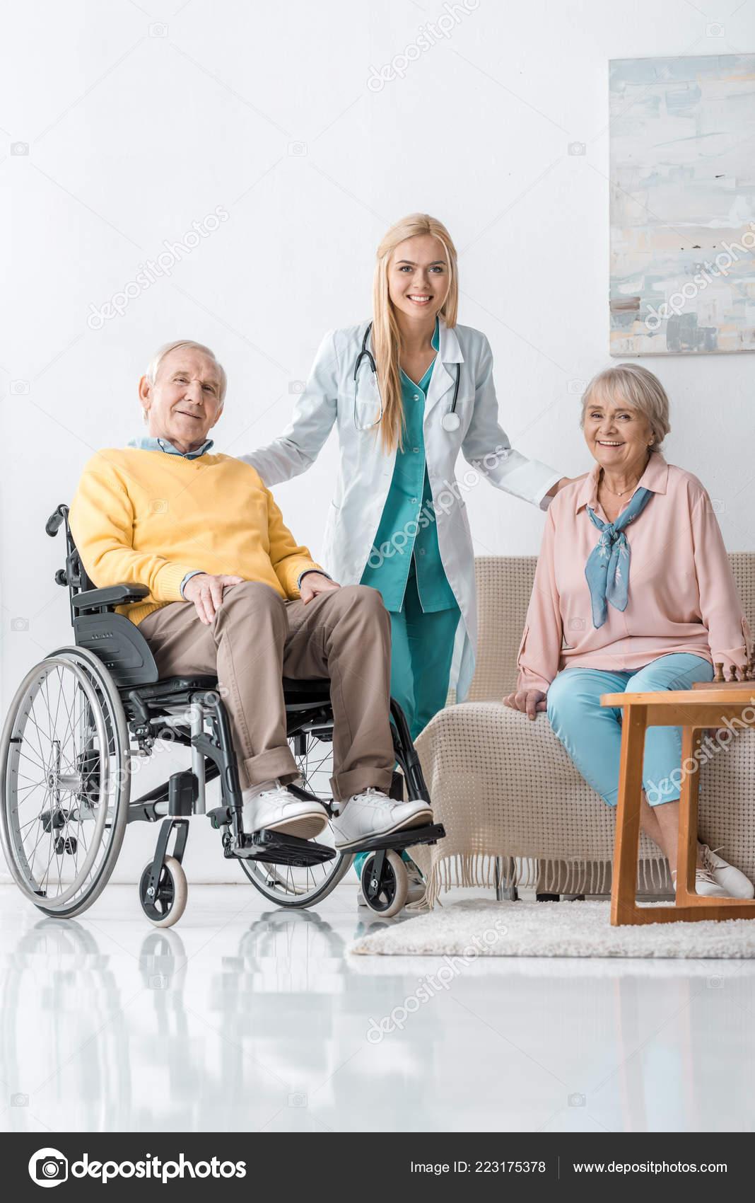 Веселый дом для престарелых пансионат для пожилых людей ялта в спб