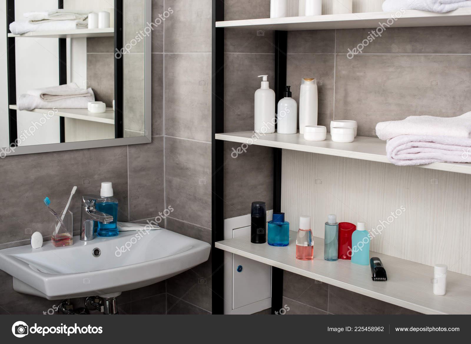 Selective Focus Modern Bathroom Sinks Shelves Beauty Products — Stock Photo