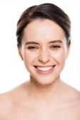 Lächeln nackte junge Frau mit Blick auf Kamera isoliert auf weiß