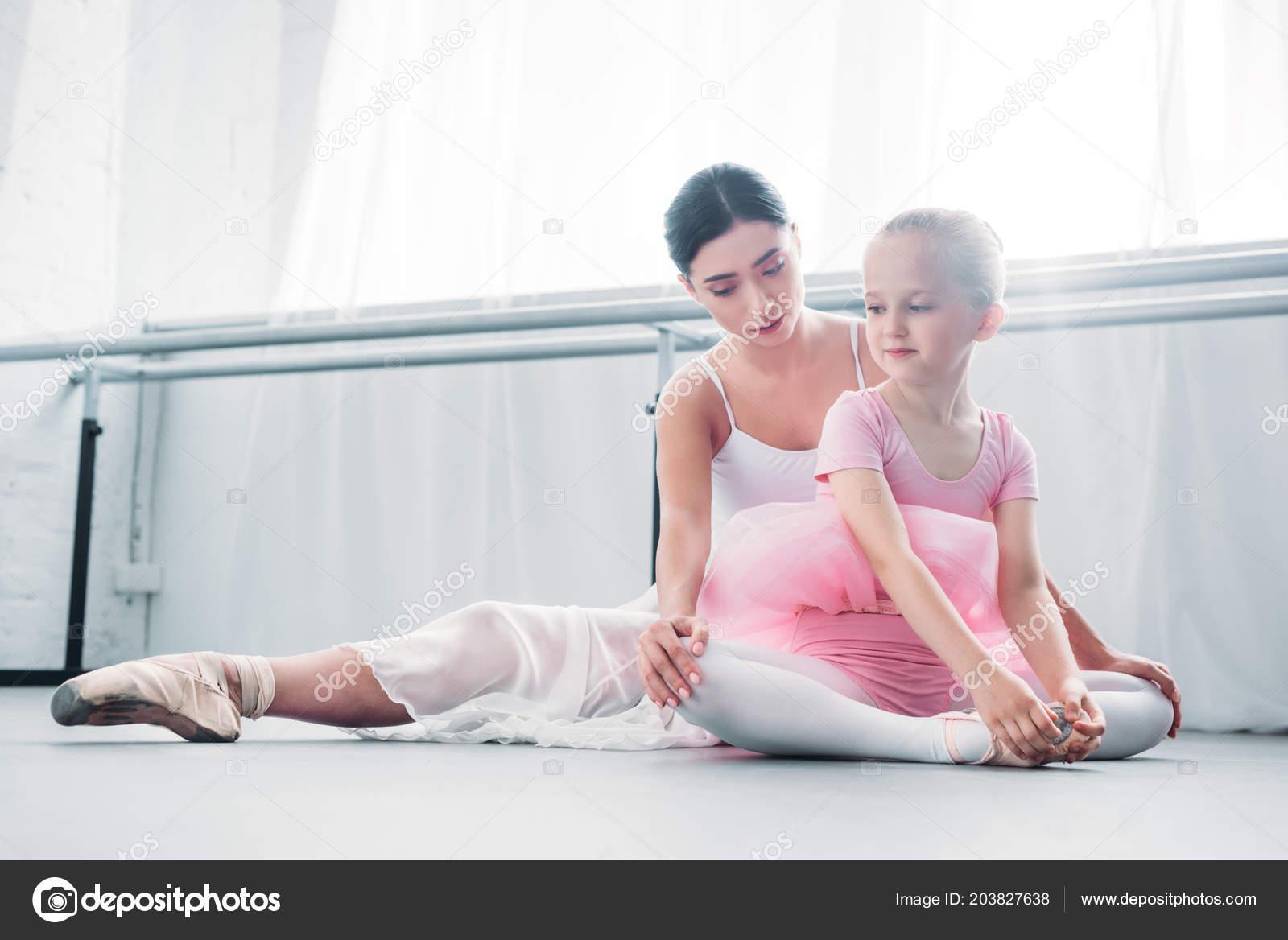 720716877494 Young Ballet Teacher Training Cute Little Child Ballet School ...