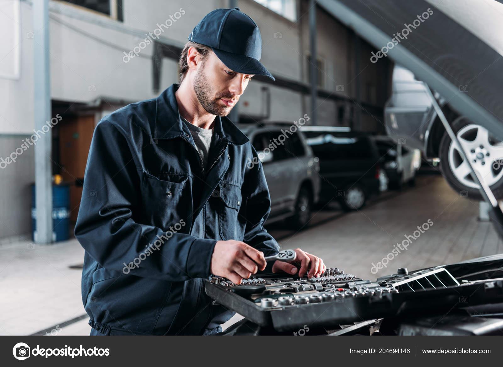Mechanic Tool Case Auto Repair Shop — Stock Photo