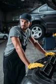 kétkezi munkás, overall, javítás autó szerelő üzlet
