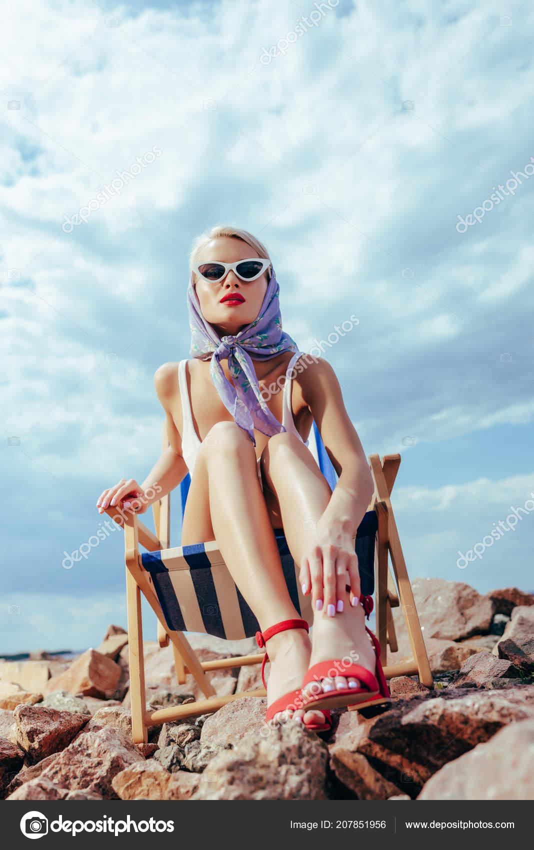 Девушка вид снизу, засадил зрелой смотреть онлайн