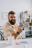 Hezký Návrhář na paletu barev v moderní kanceláři