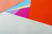 abstraktní geometrické pozadí s barevným papírem