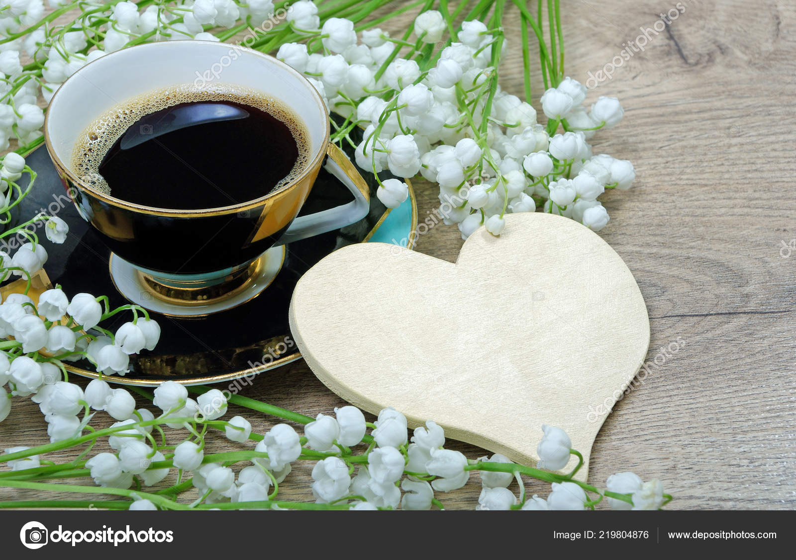 Bonjour Café Matin Muguet Fleurissent Sur Une Table Bois