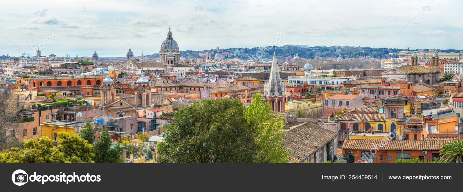 Vista Della Città Di Roma Dalla Terrazza Del Pincio Foto