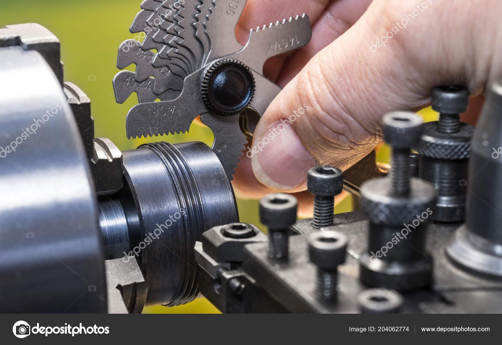 Close Measurement Thread Pitch Gauge Detail Machinist Hand
