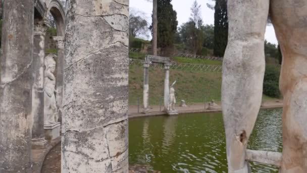 Rom - 7. März 2019: Antike Pool unter den Ruinen der Villa Adriana, die Villa Hadrian in Tivoli
