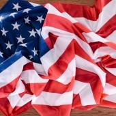 felülnézet, az Egyesült Államok zászló, a fából készült asztali, függetlenség napja-koncepció