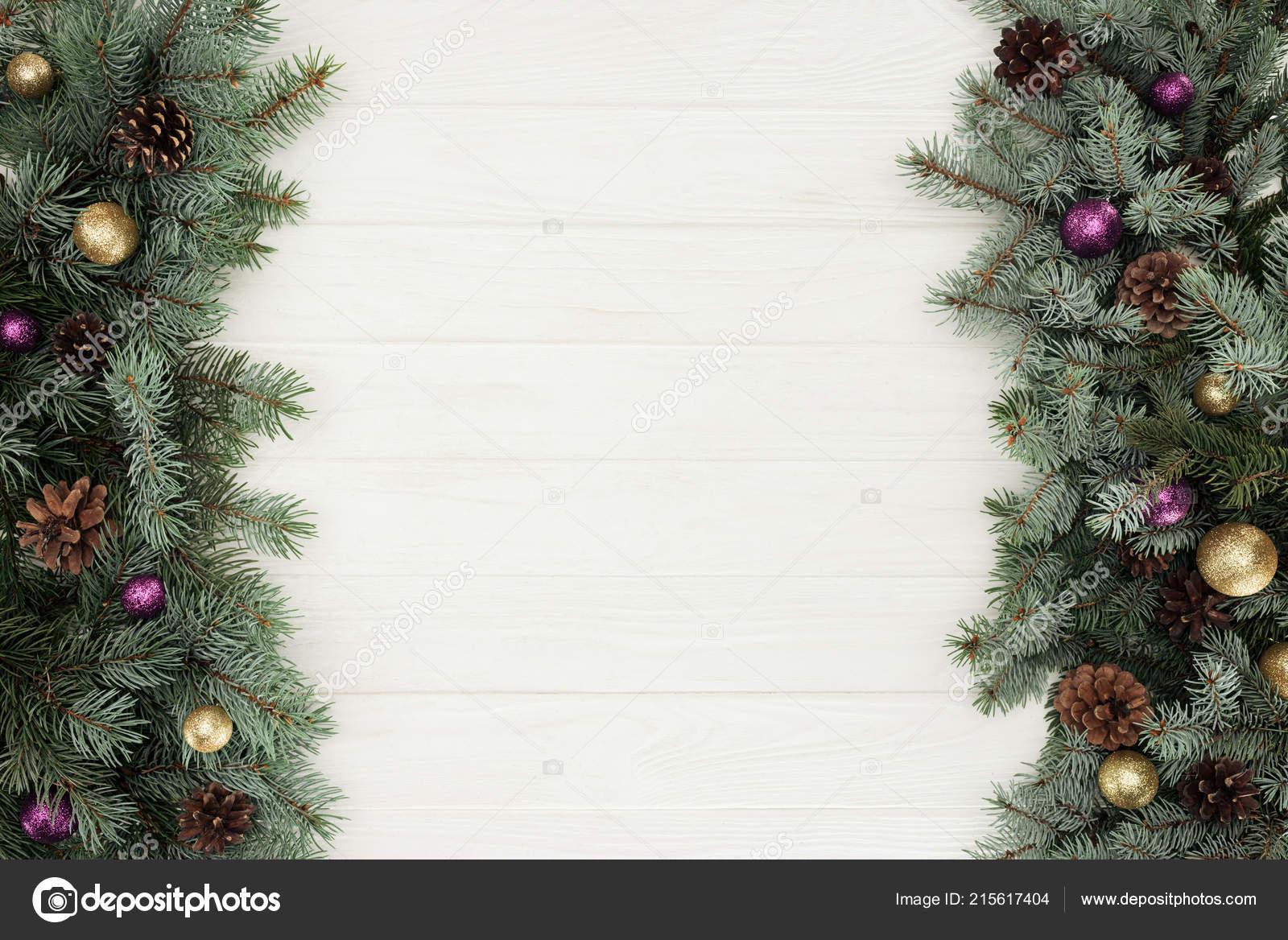 Mooie Groenblijvende Fir Twijgen Met Glanzende Kerstballen