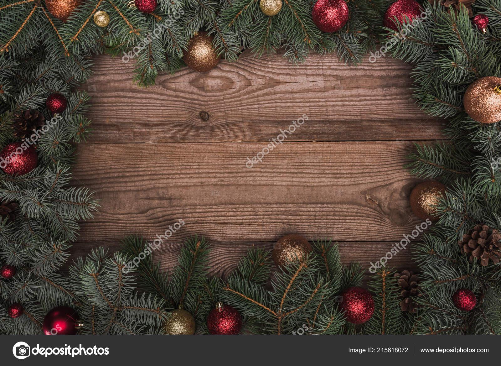 Mooie Groenblijvende Coniferen Takken Met Glanzende Kerstballen
