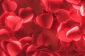cuore rosso decorativo romantico a forma di petali, giorno di San Valentino sfondo