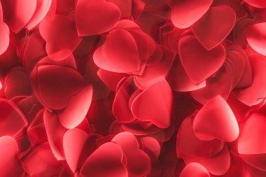 Romantik dekoratif kırmızı kalp şeklinde yaprakları, Sevgililer günü arka plan yakından görmek