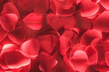 Dekoratif kırmızı kalp şeklinde yaprakları, Sevgililer günü arka plan