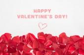 Fotografie Detailní pohled krásné červené srdce ve tvaru lístků na šedém pozadí s nápisem Happy valentines day