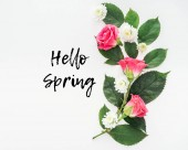 felülnézet, virág kompozíció és hello tavaszi illusztráció fehér háttér