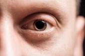 közelről kilátás felnőtt ember szeme nézett kamera