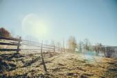 plot dřevěný pastviny v Vorochta, Karpaty, Ukrajina