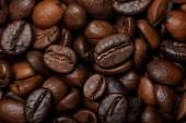 közeli kilátás a finom, friss, textúrázott kávékra