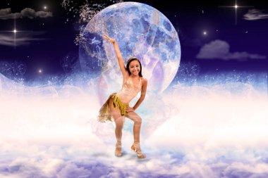 Ballerina in posa da ballo su sfondo astratto