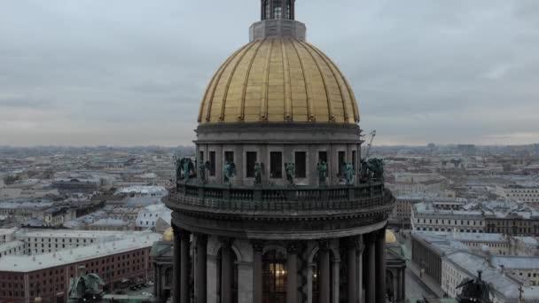Panorama v St. Issacs katedrál Zlatá věž