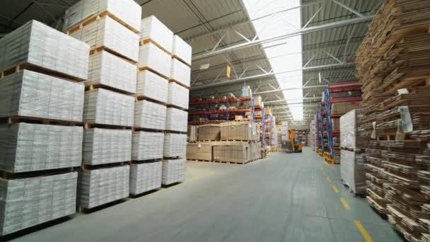 Továrna na výrobu příhradový. Výroba podlah, parket, zpracování