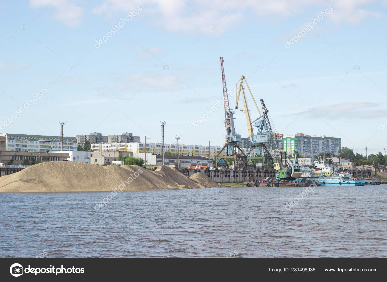 Naberezhnye Chelny City View Port Kama River — Stock Photo