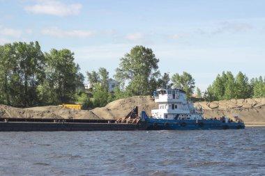 Naberezhnye Chelny and the Kama river, hydroelectric plant, Barge