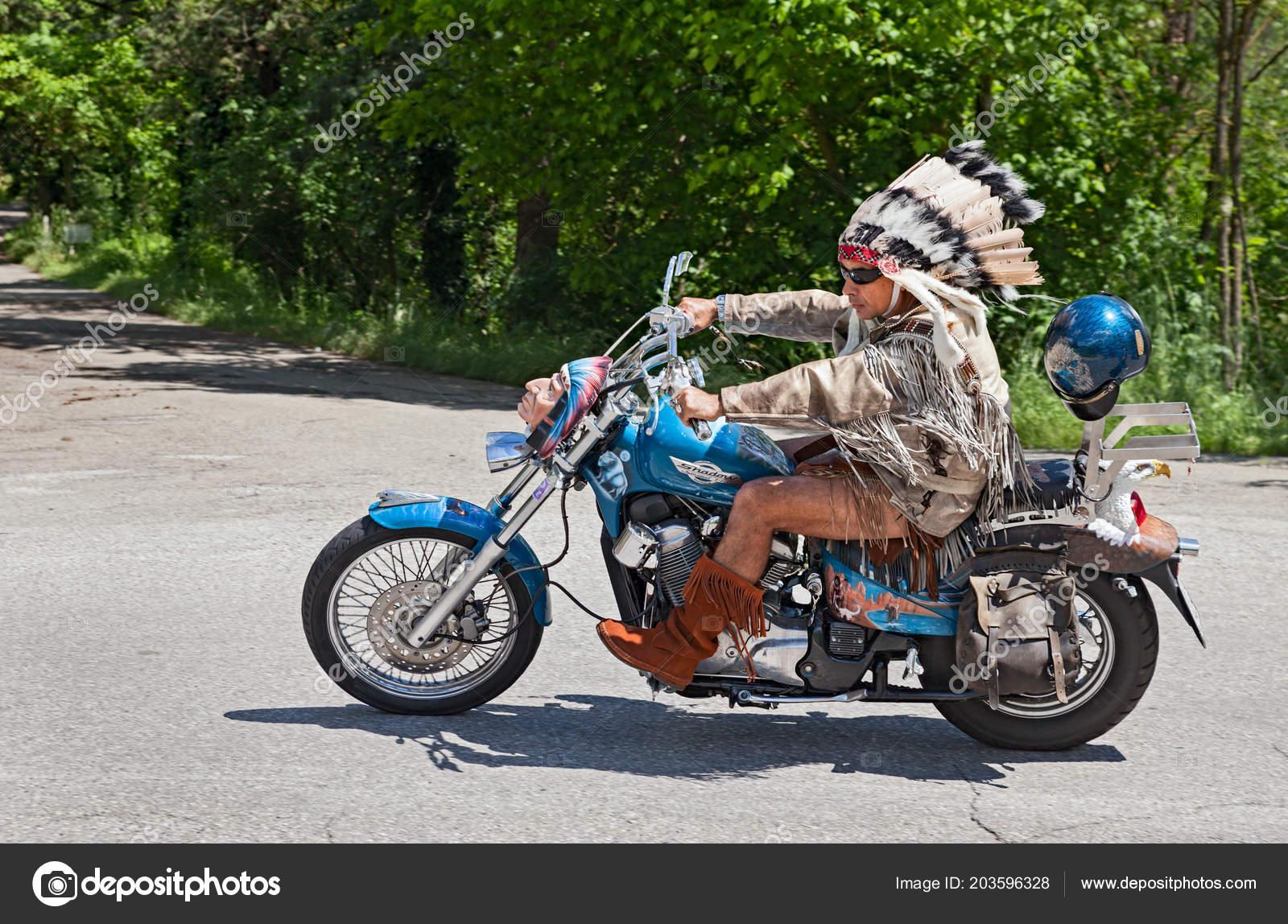 Intalnire cu Biker Man