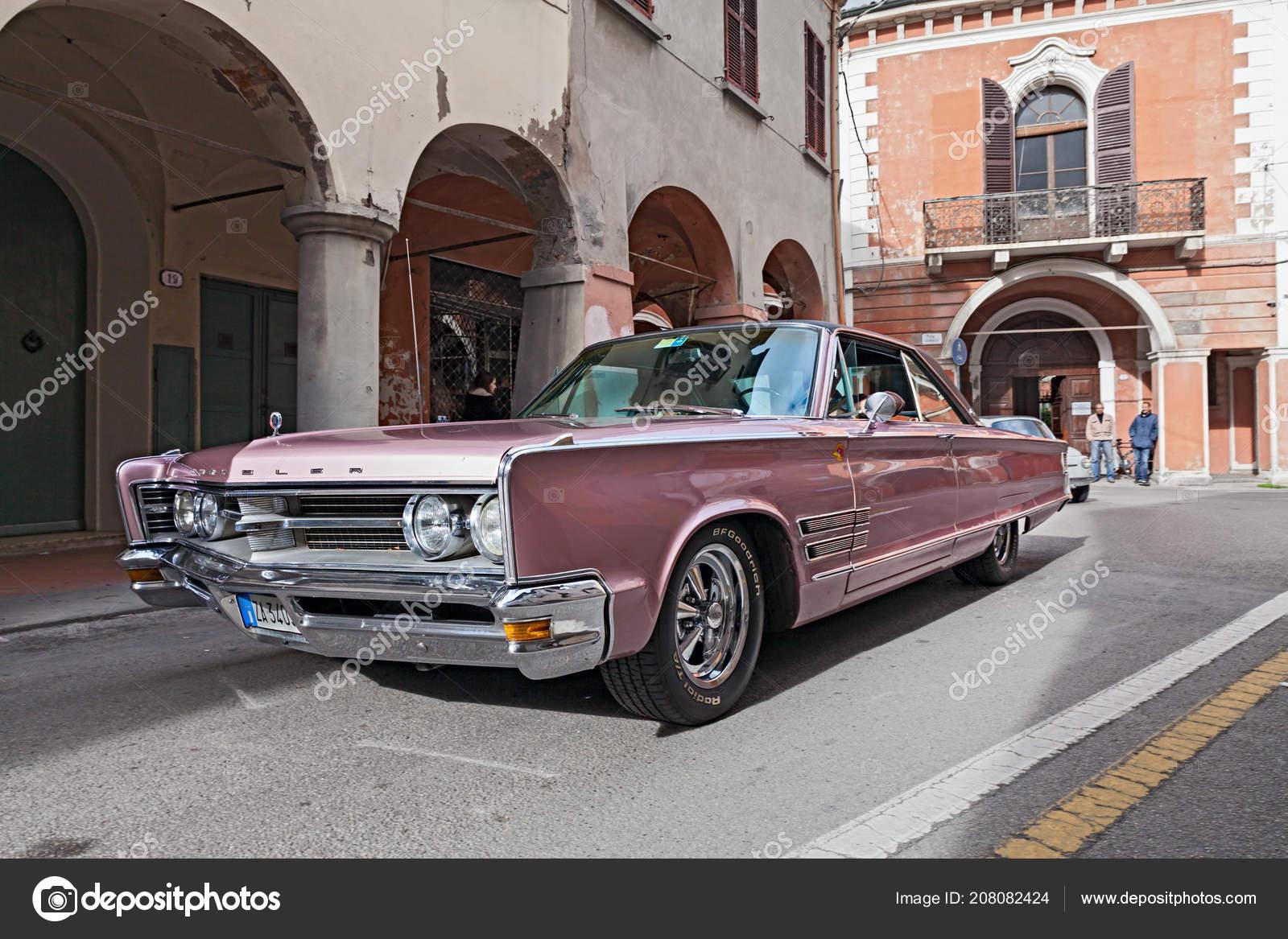 Vintage Car Chrysler 300 Runs City Rally Meeting Fiat 500 Stock